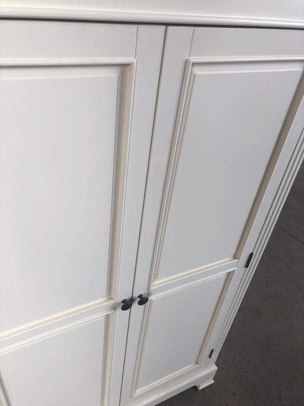 Linen Closet/Low Wardrobe Storage Cabinet - Daventry Cream Range DAMAGED SECOND 3113