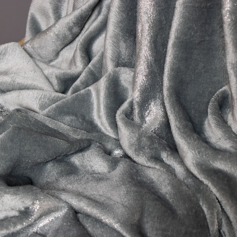 Luxury Soft Dark Grey Throw With Sparkly Feather Print