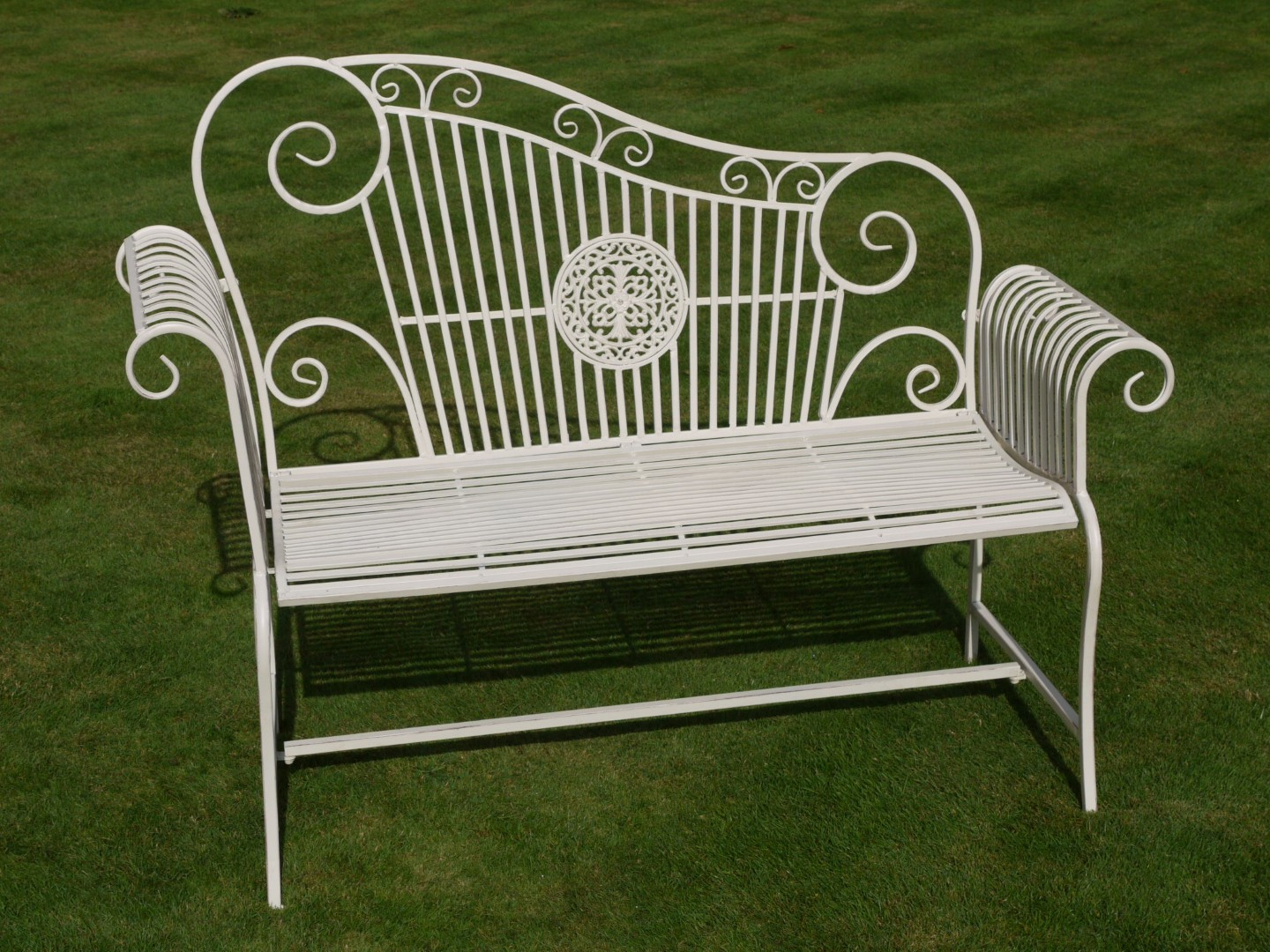 Metal Lovers Garden Bench