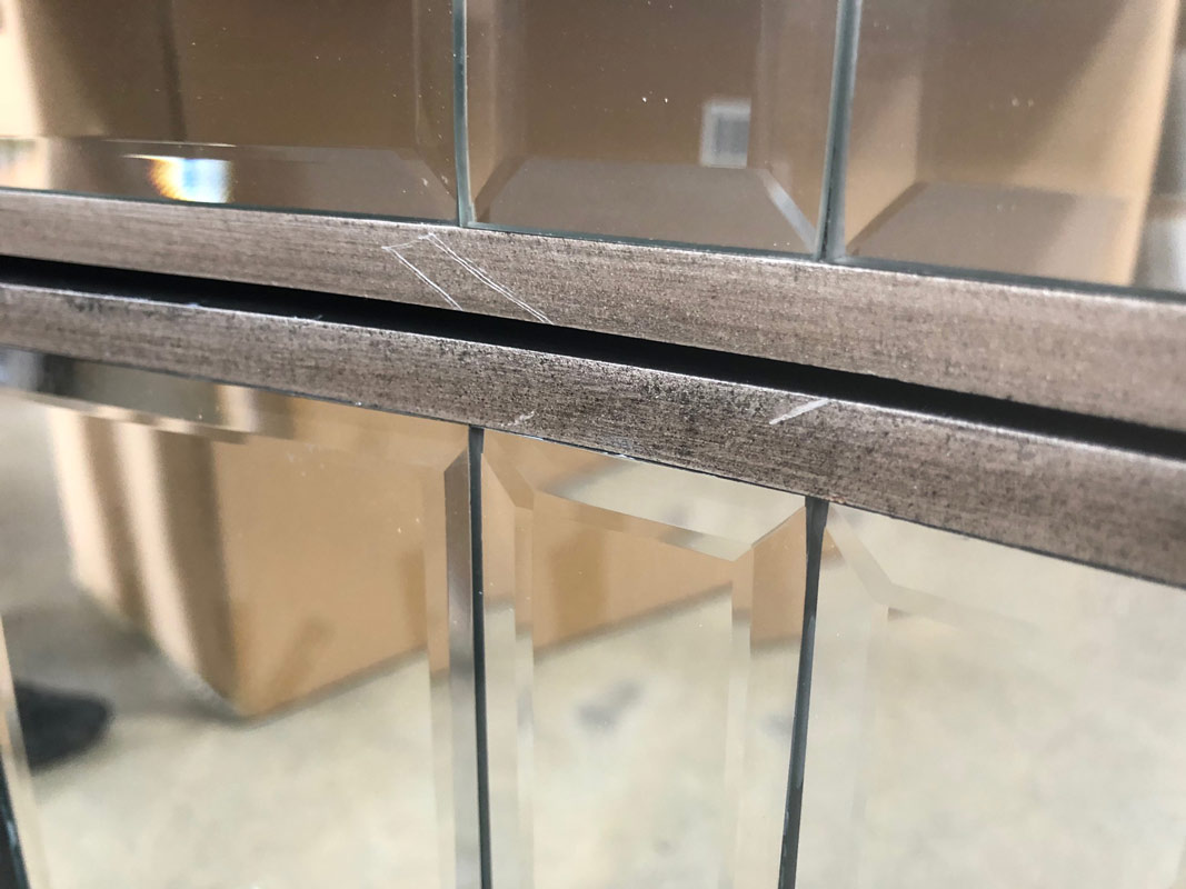 Mirrored Chest of Drawers - Tiffany Range DAMAGED SECOND ITEM 1001