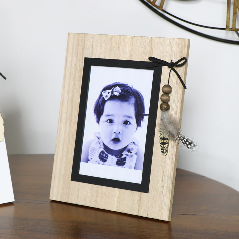 Rustic Photo Frame with Feather Detail