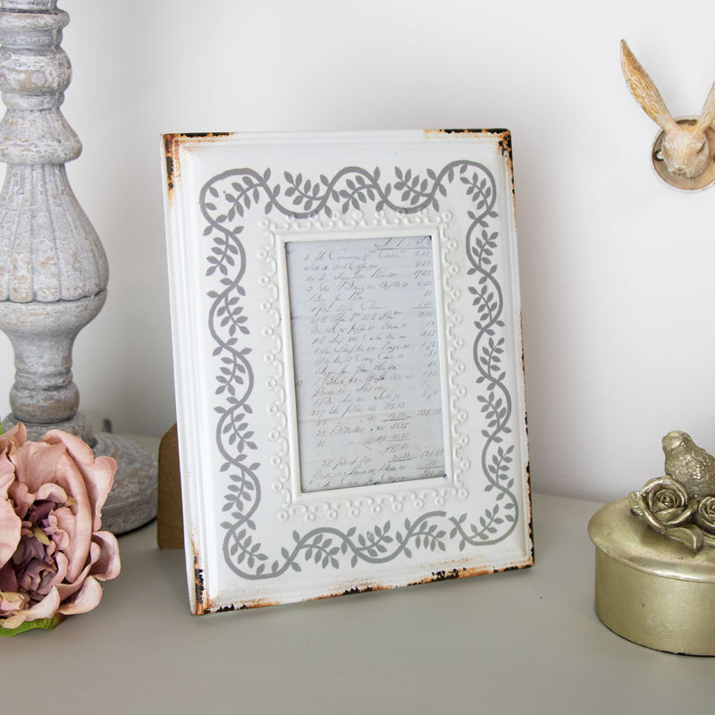 Vintage Rustic White and Grey Picture frame 3.5 x 5 inch