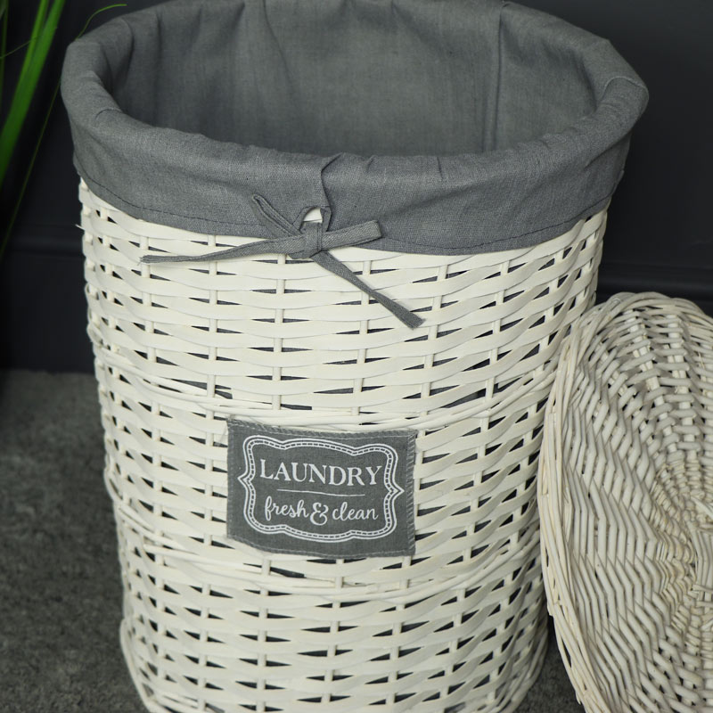 white willow wicker basket laundry hamper melody maison. Black Bedroom Furniture Sets. Home Design Ideas