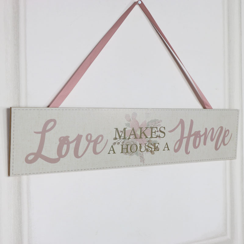 "Wooden Wall Plaque ""Love Makes a House a Home"""