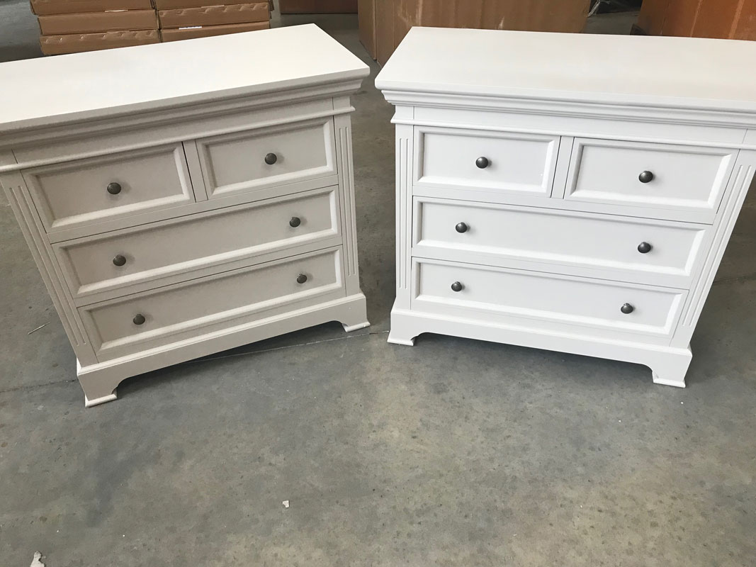 A Pair of Grey Two Over Two Chest of Drawers - Daventry Taupe-Grey Range DAMAGED SECOND 3016