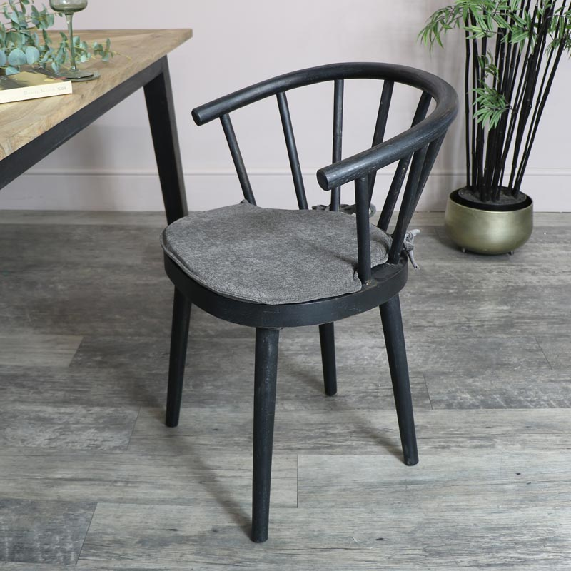 Black Nordic Dining Chair