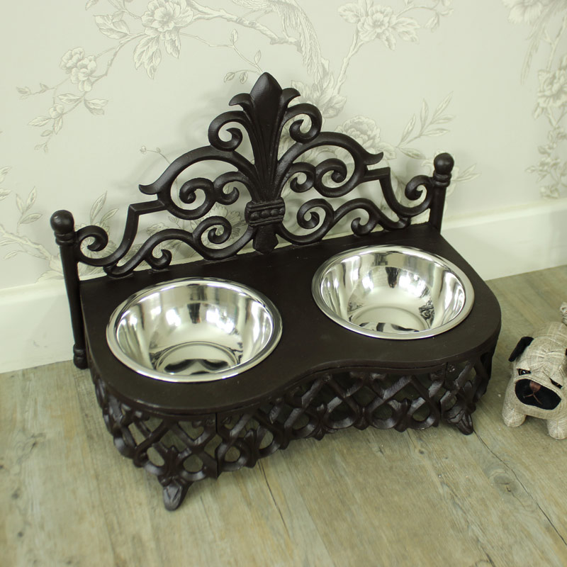 Antique Style Cast Iron Small Dog and Cat Bowls
