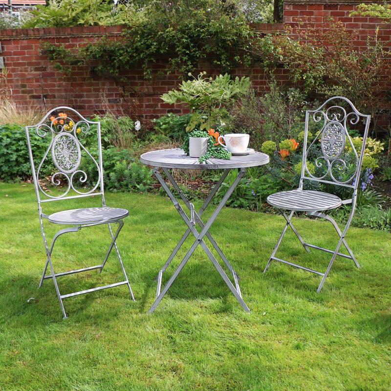 grey metal garden dining bistro set melody maison. Black Bedroom Furniture Sets. Home Design Ideas