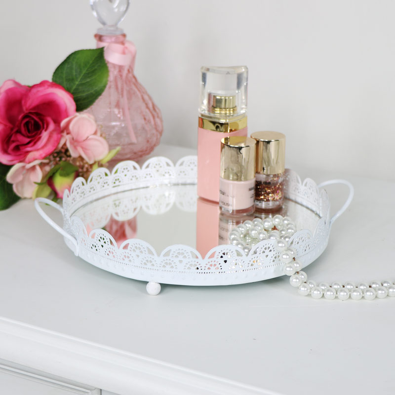 Lace Detailed Mirrored Display Tray