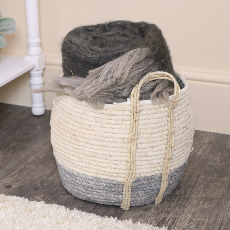 Large Round White & Grey Seagrass Basket/Laundry Basket