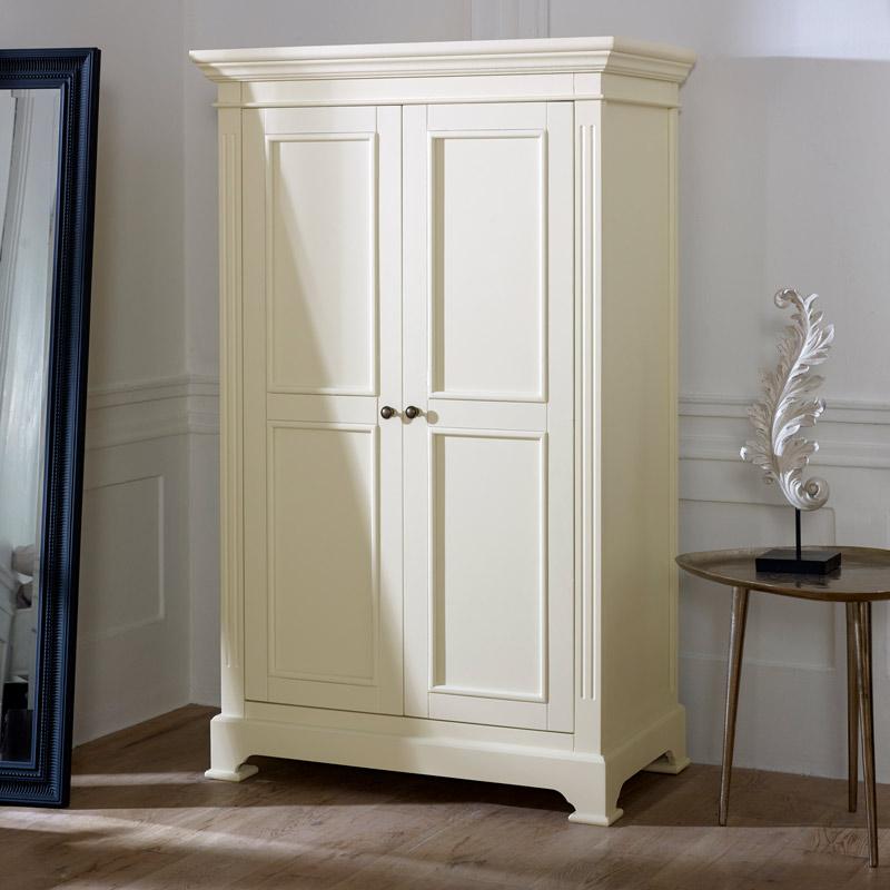 Linen Closet/Low Wardrobe Storage Cabinet - Daventry Cream Range DAMAGED SECOND 3981