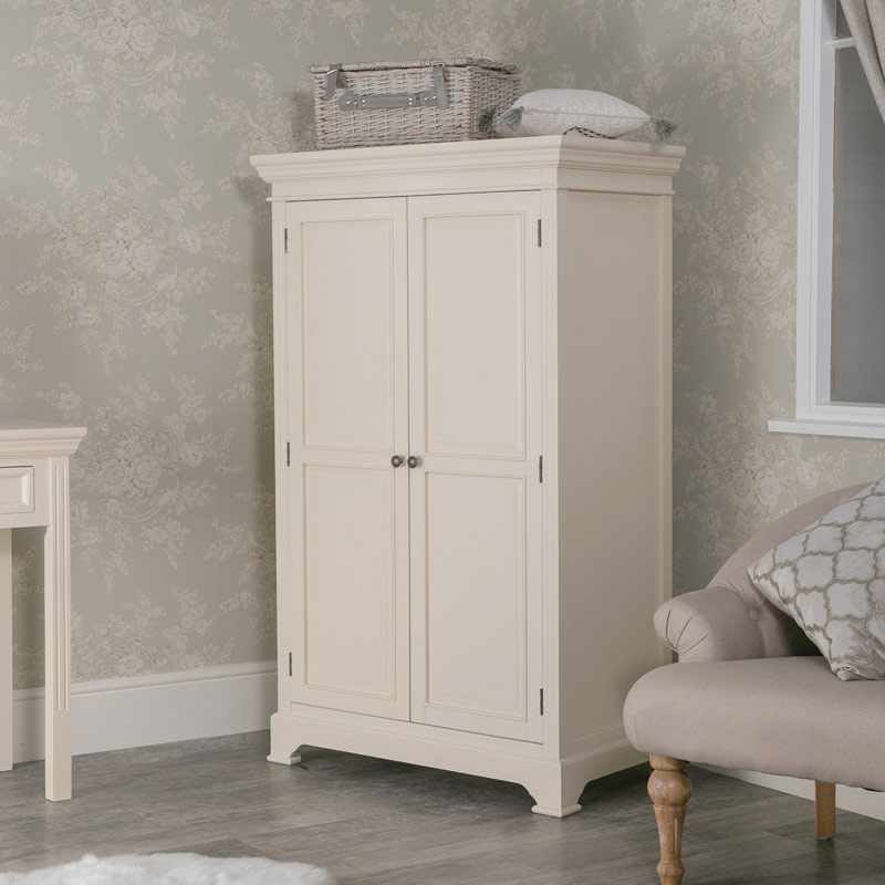 Small Cream Wardrobe - Daventry Cream Range