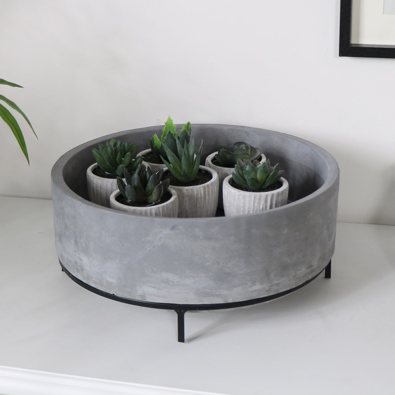 Round Concrete Pot on Black Metal Stand