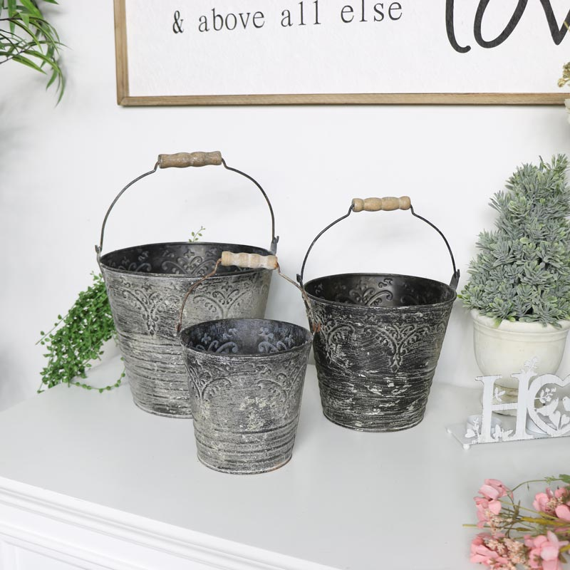 Set of 3 Distressed Metal Buckets