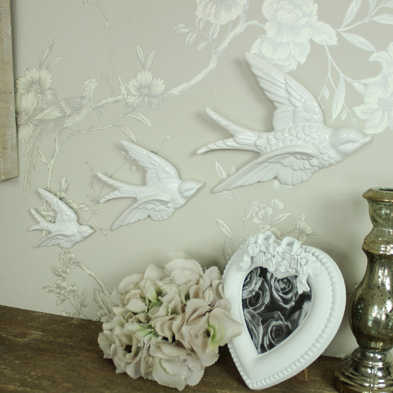 Set of 3 white flying birds wall art decoration melody for Decoration maison white