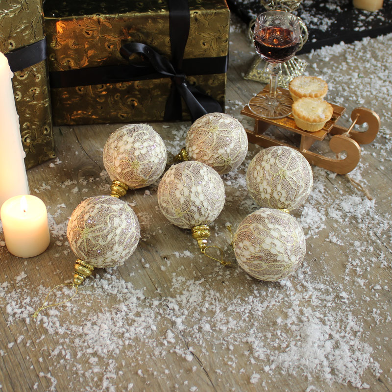 Set of 6 Gold Lace Christmas Baubles