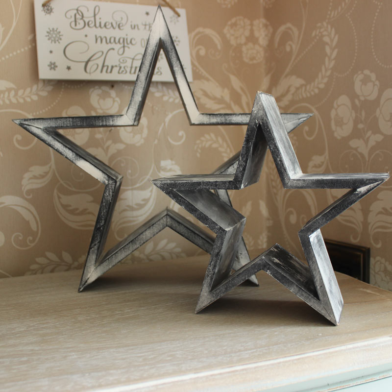 Set of 2 Wooden Decorative Stars