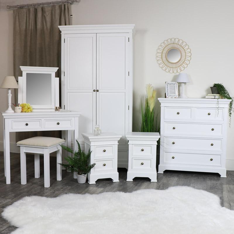 Set di mobili per camera da letto Bianco Armadio Cassettiera Tavolo ...