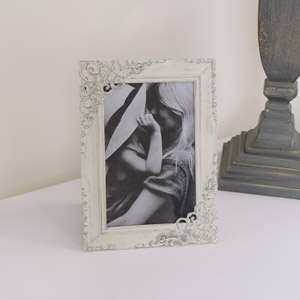 Cream Ornate Photo Frame