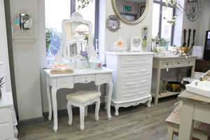 Bedroom Furniture Set - Dressing Table Mirror,  Stool, & Chest Of Drawers - Rose Range EX-SHOWROOM ITEM 3012