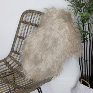 Beige Single Pelt Faux Fur Rug 38cm x 55cm