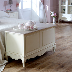 Cream Country Blanket Box - Country Ash/Belfort Range
