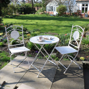 Cream Garden Table & Chairs Outdoor Furniture set
