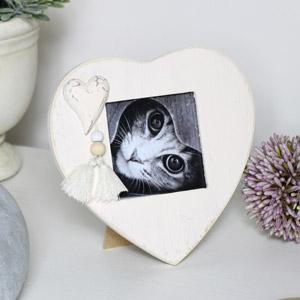 Cream Heart Photo Frame