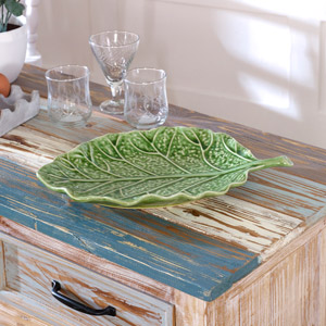 Green Ceramic Cabbage Leaf Tray