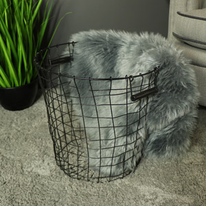 Large Metal Wire Laundry/Storage Basket