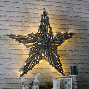 Large Light Up Wicker Christmas Star Wall Decoration