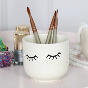 Pretty Eyes Plant Pot