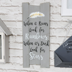Pretty 'When it Rains' Feather Wooden Wall Plaque