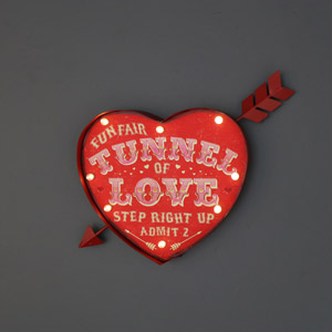 Retro 'Tunnel of Love' Funky Carnival LED Light