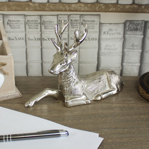 Metal Silver Sitting Stag Ornament