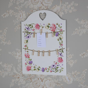 Wall Mounted Vintage Floral Memo Board