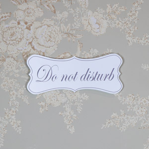 White Wooden 'Do Not Disturb' Hanging Plaque